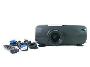Epson PowerLite 7250 3LCD Projector HD 1080p HDMI-adapter bundle