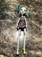 laguna Blue Monster High Doll Camera Action Black Carpet Doll