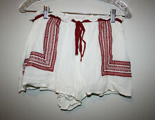 NEW Womens ROMEO & JULIET Ivory Red Embroidered Boho Shorts Small S NWT $95