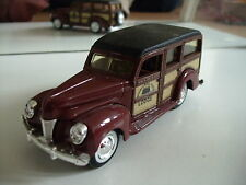"""ERTL 1940 Ford """"Woody"""" Staion Wagon in Brown"""