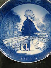 Royal Copenhagen 1973 Going Home For Christmas Annual Collector Plate Train