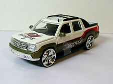 ERTL NFL Tampa Bay Buccaneers Cadillac Escalade EXT 1:27 Scale Diecast Car NEW