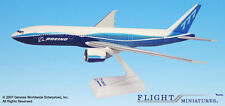 Flight Miniatures Boeing 777-200 Lr House Colors 2004 Demo Livery 1/200 Scale Mt