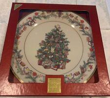 Lenox Christmas Trees Around The World Plate 2005-Hungary - 15th in Series Nib