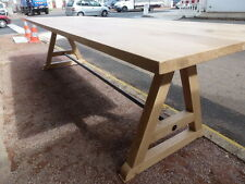 immense table de repas famille barbecue pieds A chêne massif naturel de 3 m