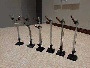 6 x Hornby Dublo manual semaphore signals and metal  ground signal, working
