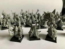 35 x Warhammer Dwarf Warriors with Hand Weapons and Shields Inc Full Command