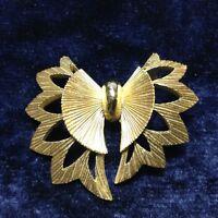 Vintage Crown Trifari Brooch Pin Bow Art Deco Gold Plate Textured Trifarium