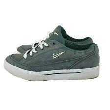 ⭐ Nike Suede Skate Flat Lace Up Shoe EUC Vintage Style Womens 8.5