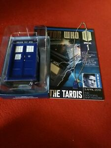 Eaglemoss The TARDIS (with necklace)