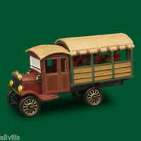 POINSETTIA DELIVERY TRUCK # 59000 DEPT 56 RETIRED CHRISTMAS IN THE CITY VILLAGE