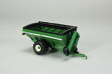 1/64 SPECCAST GREEN UNVERFERTH 1110 DUAL AUGER GRAIN CART