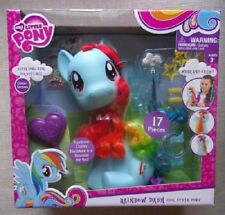 My Little Pony the Movie Rainbow Dash Cool Style Pony comes with 17 Pieces