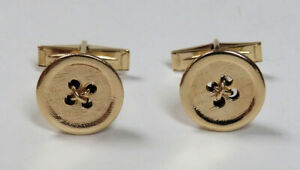 CLASSIC 14K YELLOW GOLD BUTTON CUFFLINKS