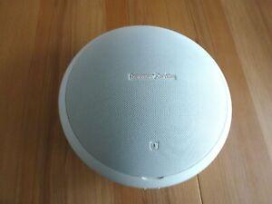 *** Harman Kardon Onyx Studio 2 Wireless Speaker - Farbe: Weiß ***