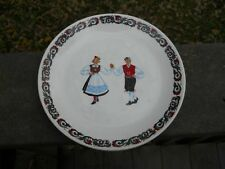"Figgjo Flint Norway Hardanger Dancers 8"" Plate _ Nice! $9.99 PRICE CUT"