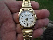 Men's RARE VINTAGE CITIZEN 21 JEWELS 8200A GP AUTO IVORY DIAL DAY/DATE Watch