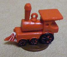 Échelle 1:12 en plastique rouge train Moteur Dolls House Miniature Nursery Jouet Accessoire
