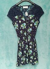 Abercrombie & Fitch Ladies Dress Size S Navy Short Floral Lace Back Ditzy Sweet