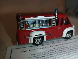 Matchbox 1/43 Scale YFE16 - 1948 Dodge Route Van Fire Fighter Support Truck
