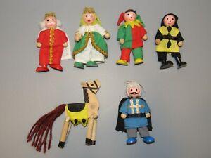 WOODEN CASTLE DOLLHOUSE DOLLS Poseable King, Queen, Jester, Knight, Horse Lot