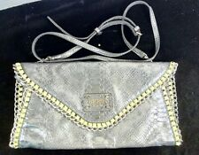 Guess Sling/Clutch Purse Pre-Owned Great Condition. #P14