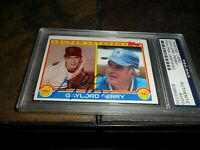 1983 GAYLORD PERRY TOPPS #464 PSA/DNA SIGNED Autograph HOF SEATTLE MARINERS