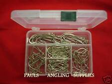 50 ASSORTED O'SHAUGHNESSY FISHING  HOOKS IN POCKET BOX