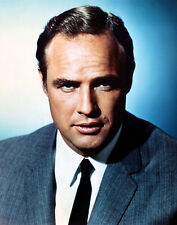 Marlon Brando UNSIGNED photo - E169 - HANDSOME!!!!