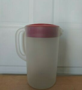 Rubbermaid 1 gallon pitcher w/ red lid- Open, Strain, Closed