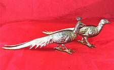 Schreitendes Pfauenpärchen (ca. 21 cm lang), 2 Figuren aus Metall