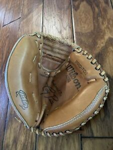 """Wilson A2511 Tony Pena 32"""" Catchers Mitt Excellent Condition Right Hand Thrower"""