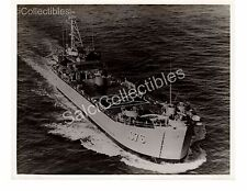 US Navy Class Tank Landing Ship Page County LST-1076 Oficial Photo 8x10
