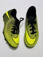 NIKE Children's Bravata II FG Soccer CLEATS Neon Volt Size 2Y - FREE SHIPPING