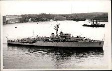 Schiffsfoto-AK Ship Real Photo ~1950/60 Marine Kriegsschiff Battleship Wren
