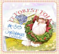 ❤️Wee Forest Folk M-303 Christmas Cutie Pink Baby Mouse Retired Wreath Holiday❤️