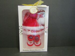 LITTLE ME Holiday Santa Hat & Booties Set - MY 1ST CHRISTMAS on Hat SIZE 0-12M