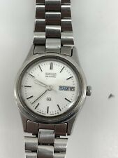 Womens Seiko SQ  Light  Silver Color Water Resistant Calendar Date Watch Japan