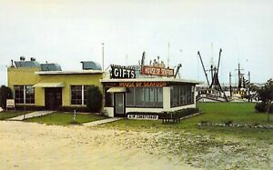 MS Gulfport HOUSE OF SEAFOOD RESTAURANT HWY 90 1959-64 MINT postcard B88