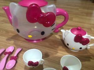 Hello Kitty Kids Play Tea Set