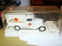 SOLIDO Ambulance 4411 DIE CAST Model Mint condition. 1/43 SCALE, Pre owned