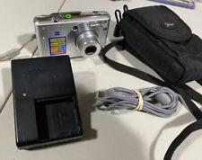 Sony Cyber-shot Dsc-W30 Digital Camera 6.0 Mega Pixels -Charger / Cords / Bag