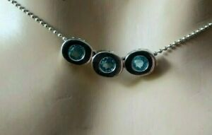 Italy 14ct White Gold Necklace 3 Sapphires
