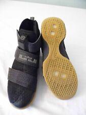 Nike Lebron James Soldier Ten Men'S 9.5M Basketball Sneaker Shoes 844378-009