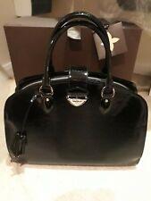 Authentic LOUIS VUITTON Bag - Pont-Neuf PM Epi black patent M5907J