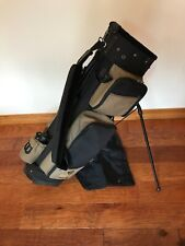 Wilson Trail Oak Golf Bag With Strap And Stand. Rain Cover Included.