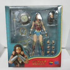 DC Wonder Woman Mafex #048 Action Figure Box Damage #4