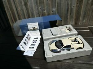 Rare Cream White 1:18 AutoArt Bugatti Veyron Edition Centenaire Limited Toy Car