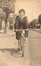 BK239 Carte Photo vintage card RPPC Femme vélo bicyclette route