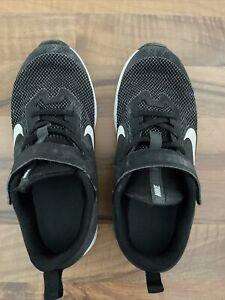 Nike Schuhe Gr.34, als Hallenschuh in der Schule getragen, Gebraucht
